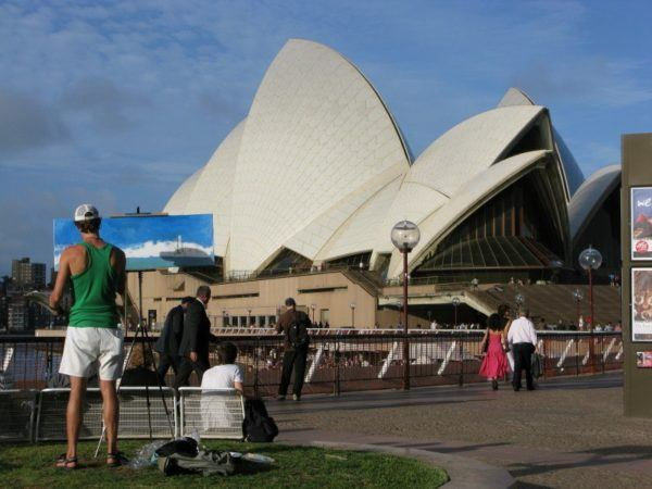 man painting the Sydney Opera House - observations from Sydney