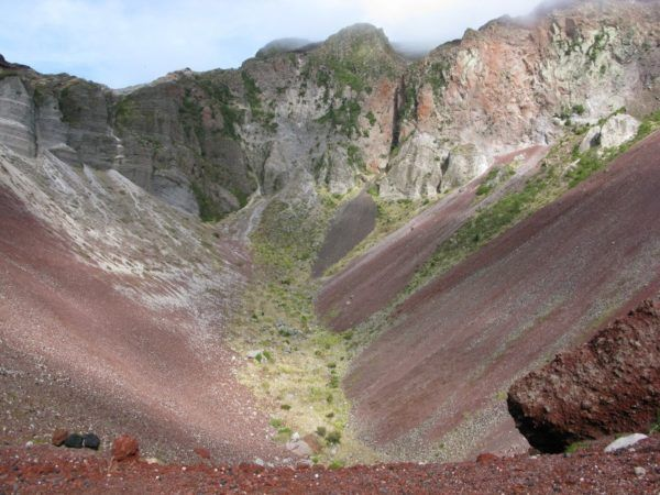 Mt Tarawera crater