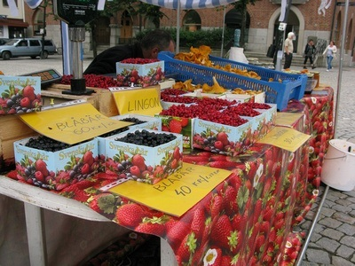 berries for sale in Swedish farmers market