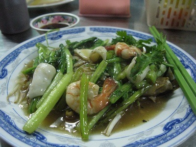 seafood stir-fry on rice noodles; part of Vietnamese food culture