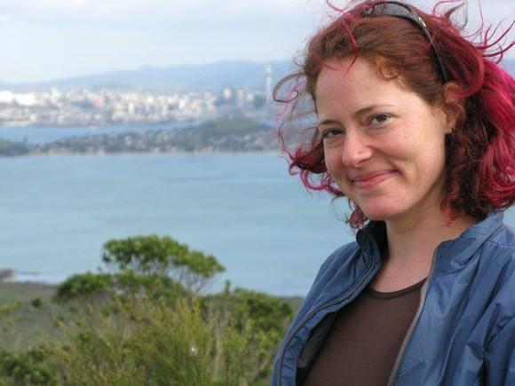 Nora Dunn, The Professional Hobo, in Auckland New Zealand