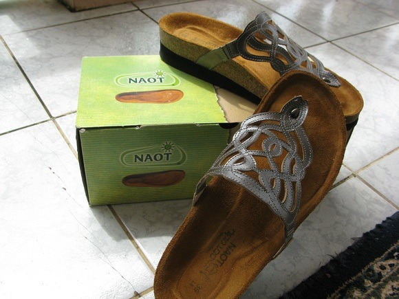 Naots - the best sandals for walking