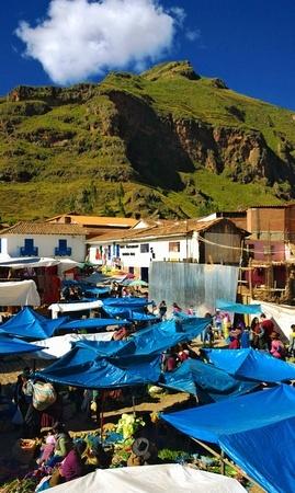 Pisac outdoor market
