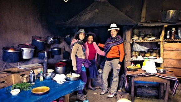 Hanging out with Dona Natividad, our Quechua Mama in her kitchen