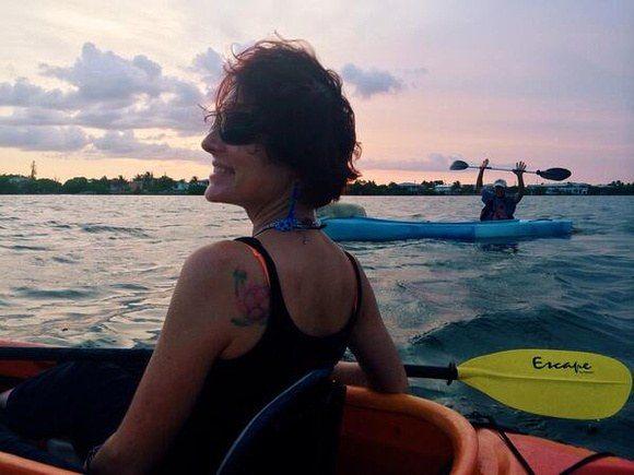 Nora Dunn, The Professional Hobo, kayaking in the Florida Keys