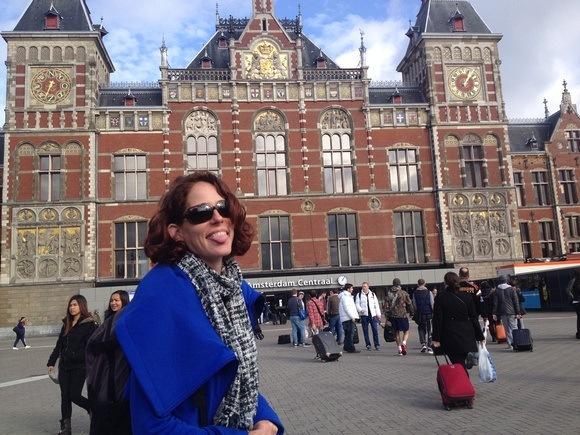 Nora Dunn aka The Professional Hobo in Amsterdam