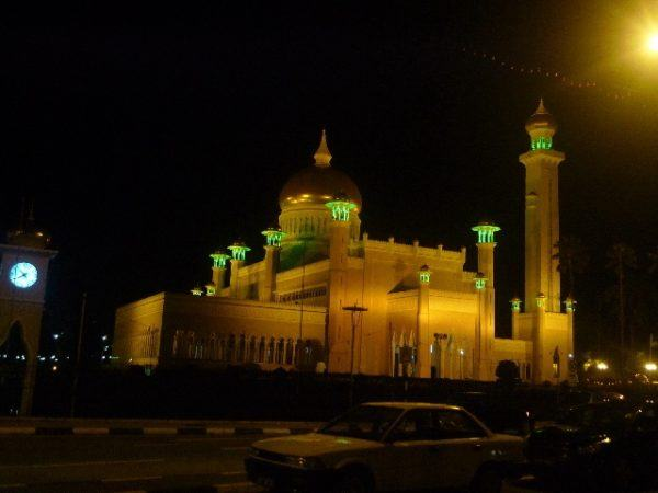 mosque_at_night