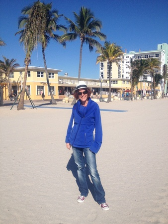 Nora Dunn, The Professional Hobo, in Hollywood Florida on the beach