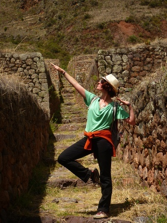 The Professional Hobo, Nora Dunn, posing in Peru