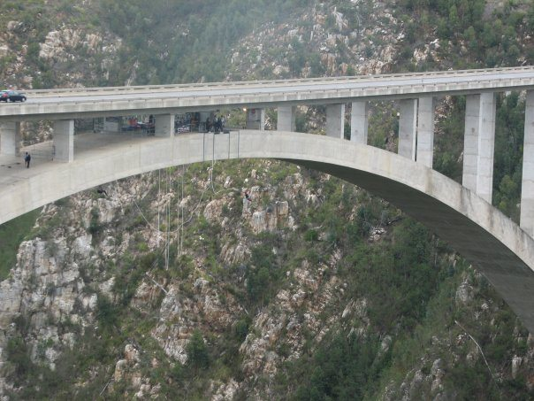 world's highest bungee jump in Bloukrans South Africa