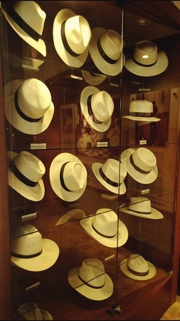 different styles of panama hats