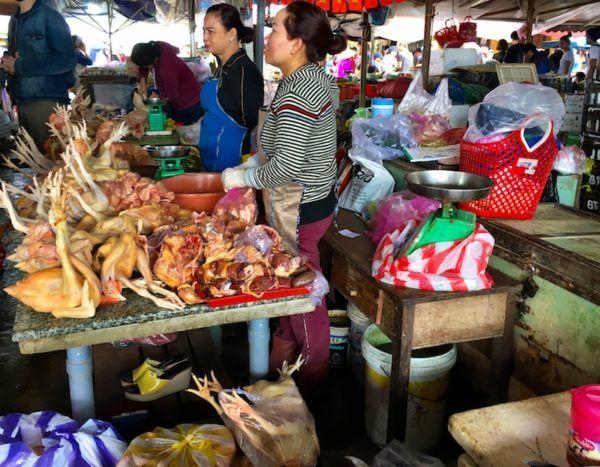 Hoi An market chicken for sale