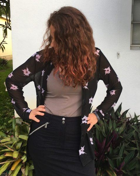 Feeling slick in my stylish and sexy (and practical!) travel clothes for women
