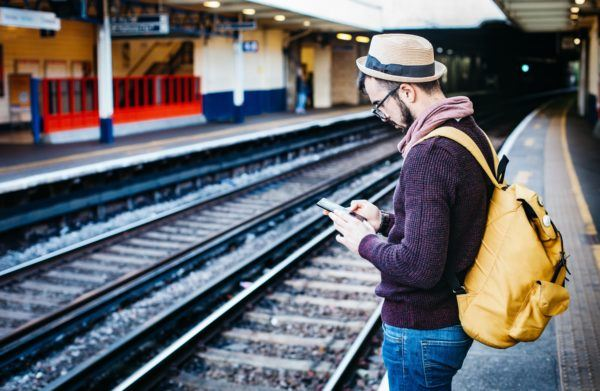 online banking for travelers - how to manage your money
