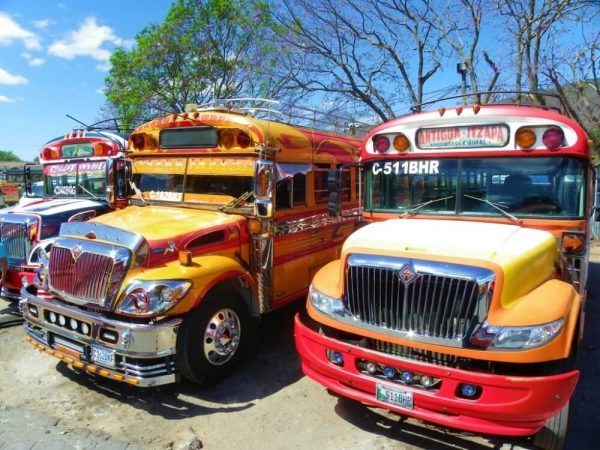 "On Guatemalan buses, beware of the ""crowded bus pickpocket scam"""