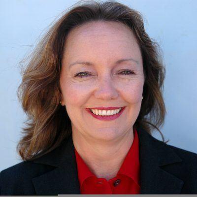 Financial Case Study: Kelly Hayes-Raitt, HouseSit Diva