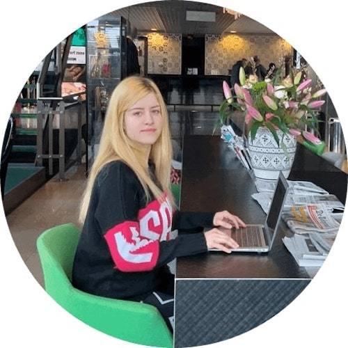Financial Case Study: Lidiya K, Full-Time Blogger