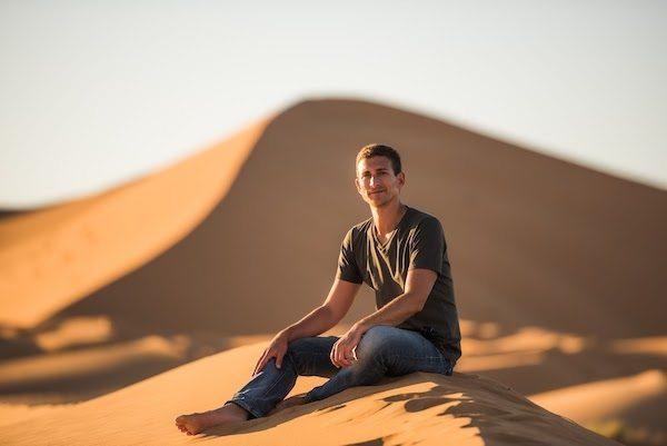 Derek Earl Baron aka Wandering Earl in the desert